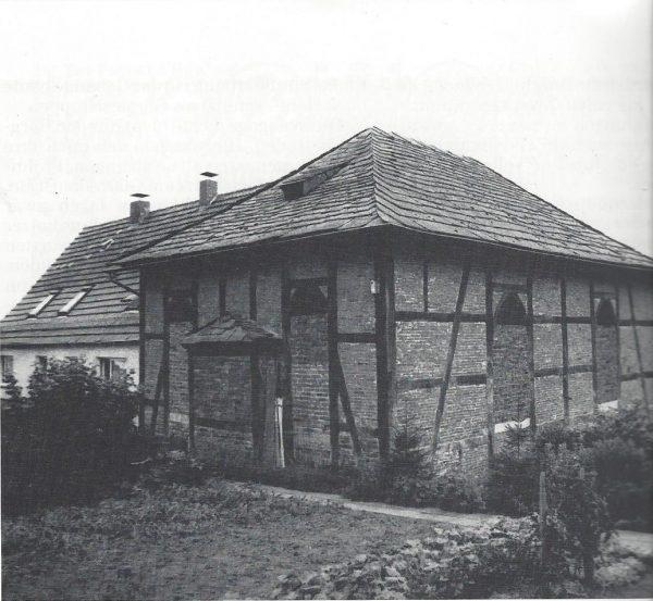Synagoge um 1990 vor der Sanierung.